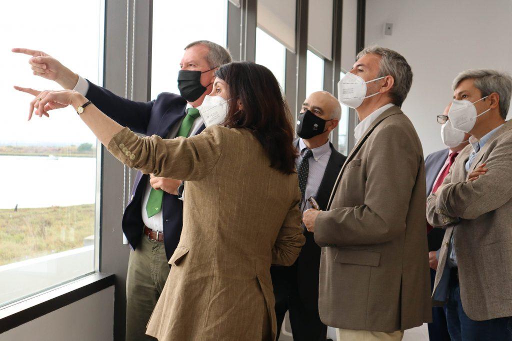 El Rector de la Universidad de Cádiz y la Delegación de SEA-EU visitan el Navantia Training Centre